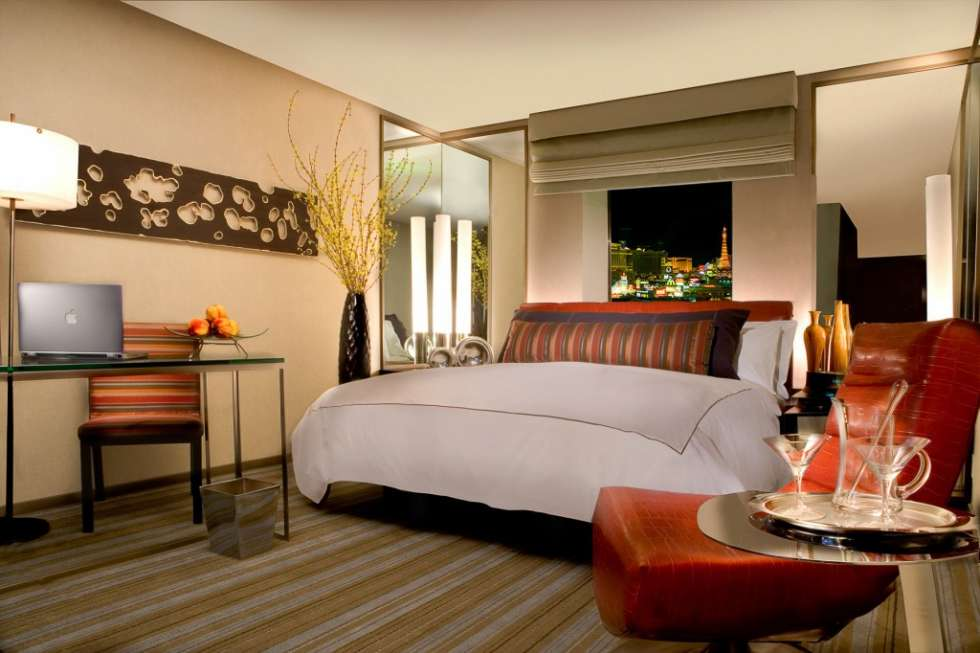 mgm_grand_guest_room-1024x682
