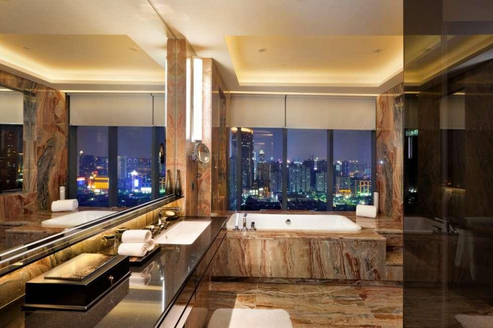 Hilton_Guangzhou_tianhe_china_Suite_Bathroom_HR-1024x682