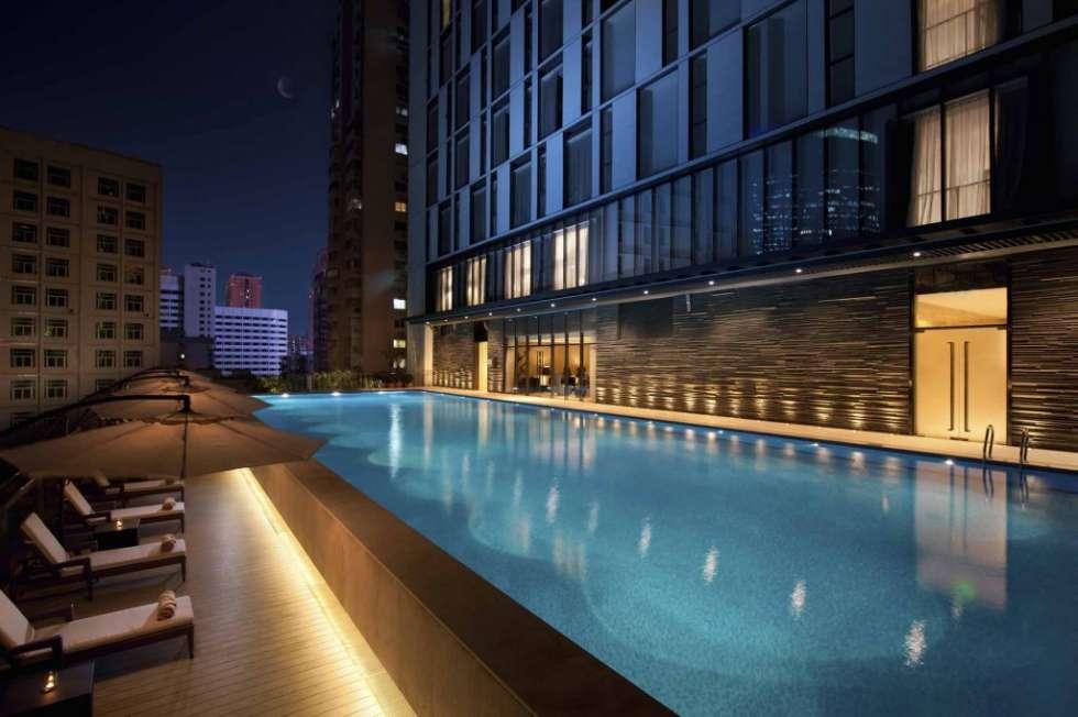 hilton-guangzhou-pool-tianhe-1024x681