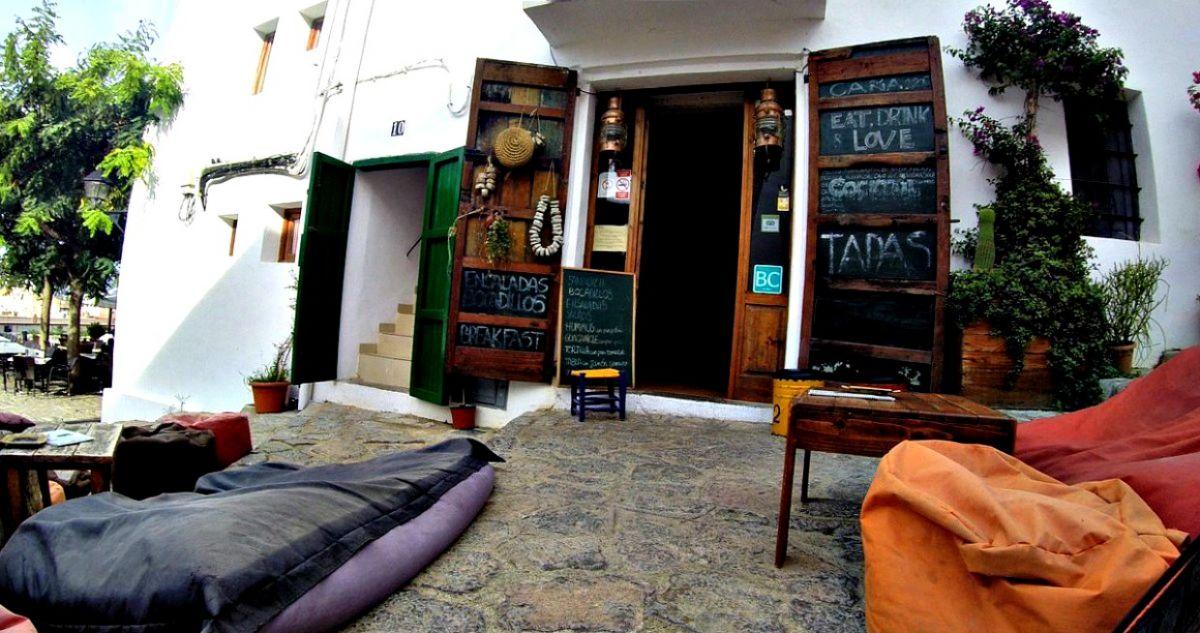 Ibiza Town bar open in Octorber